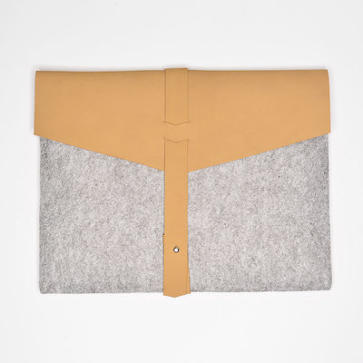 Kiwano Brown Leather & Felt Laptop Bag / Clutch | M