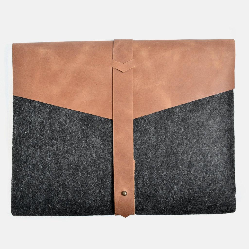 Kiwano Bruin Leer & Vilt Laptop Tas / Clutch  | M