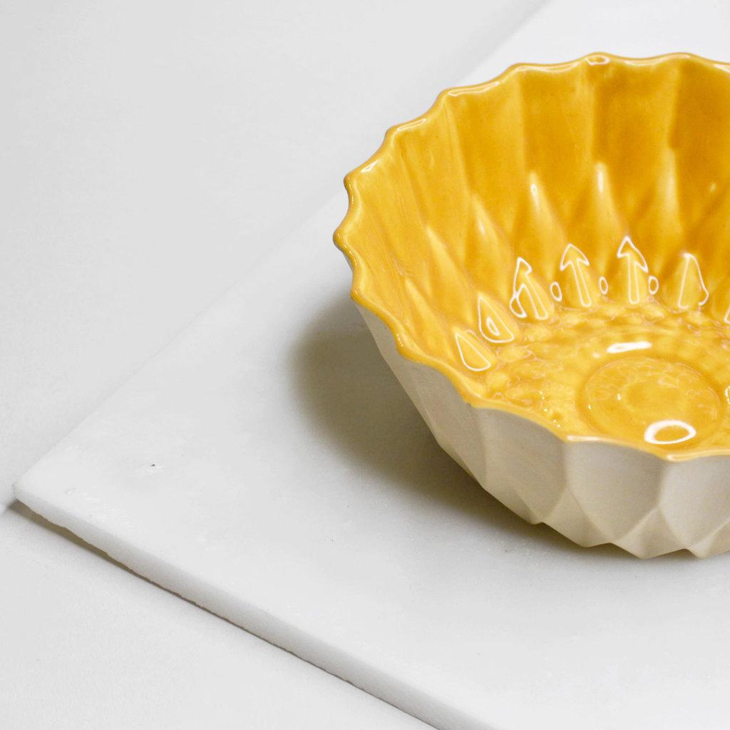 Kiwano Handgemaakte Keramiek Snack of Fruit Schaal | Kiwano