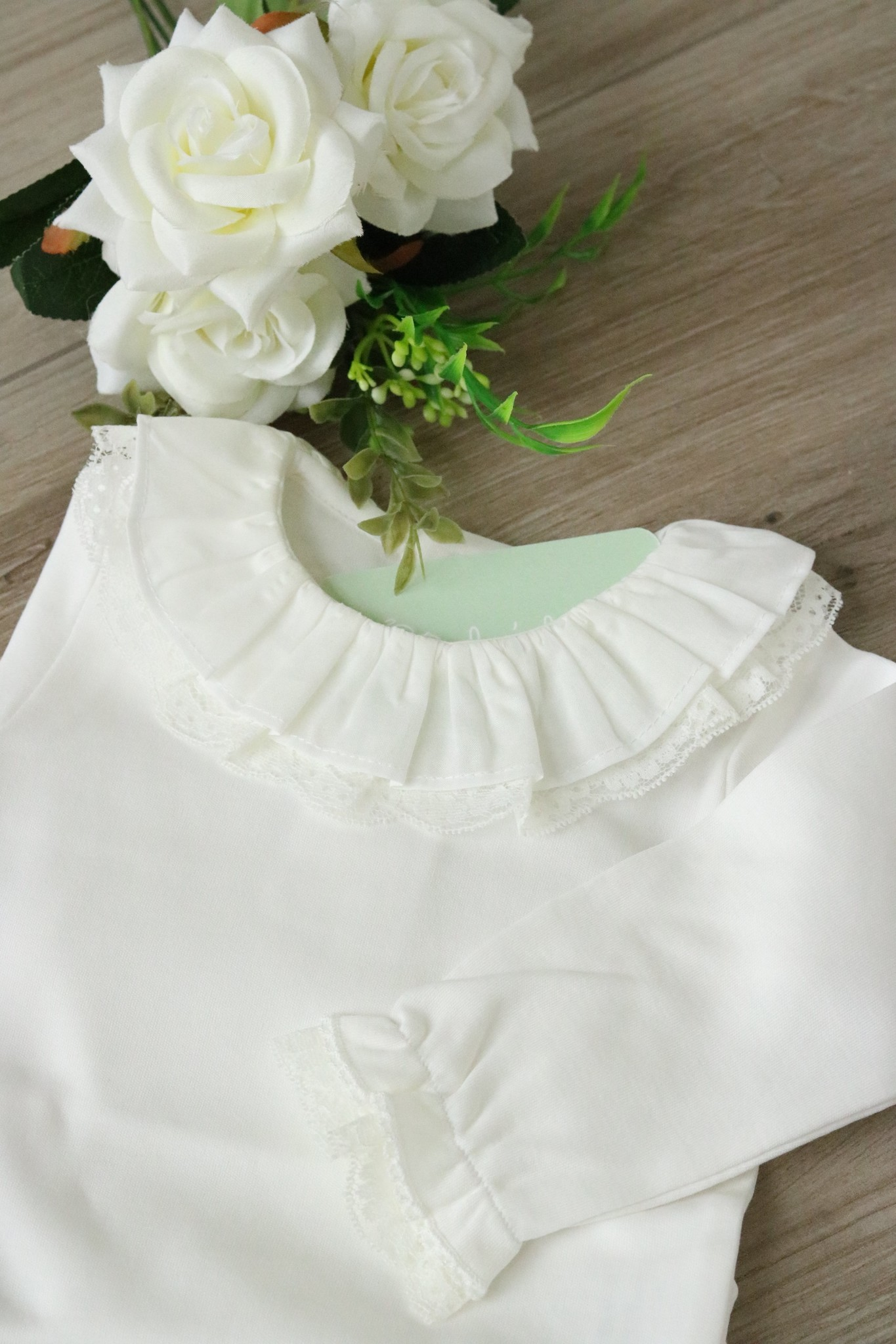 Witte body met dubbele kraag en lange mouwen-1