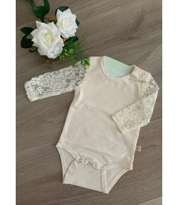 JULIE DAUSELL Cream body with lace longsleeves