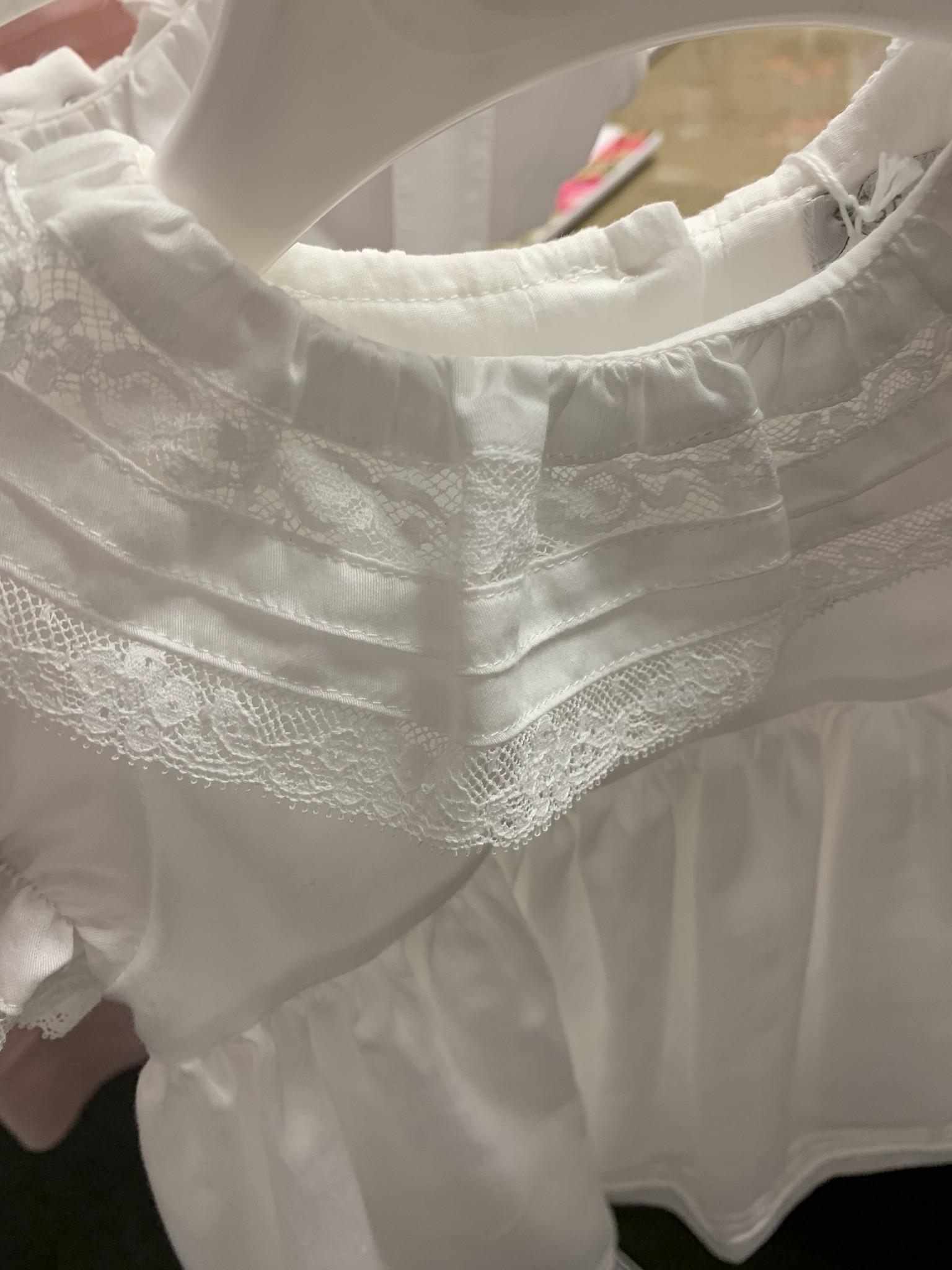 PATACHOU | Wit jurkje met prachtige kanten kraag-3