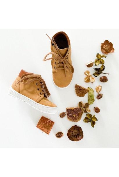 Camel boy's shoe