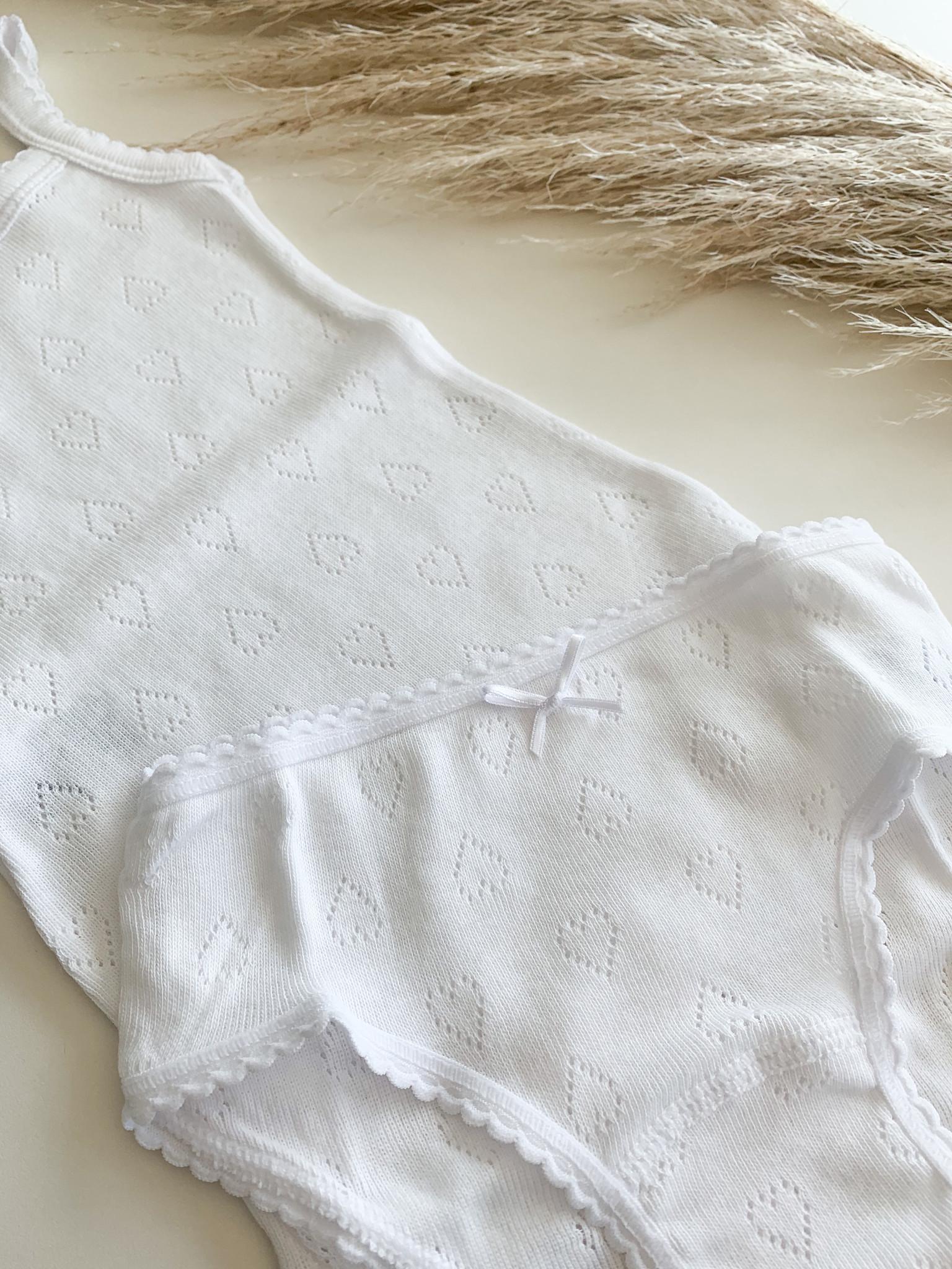 Witte onderbroekje met hartjes-3