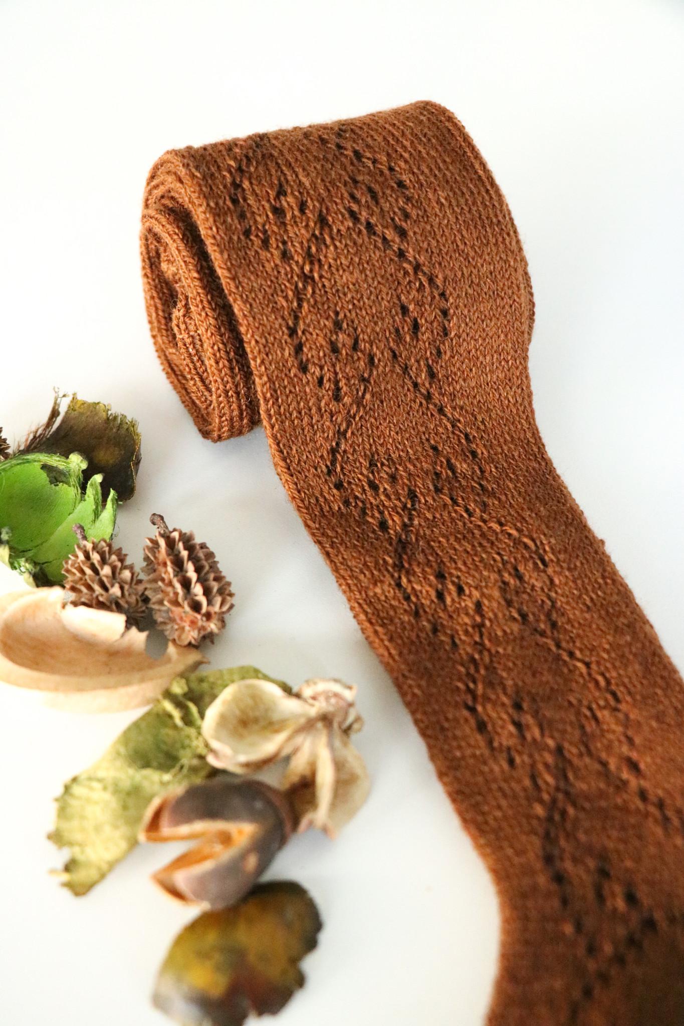 Kousenbroek met opengeweven hartjesmotief  Terracotta-1