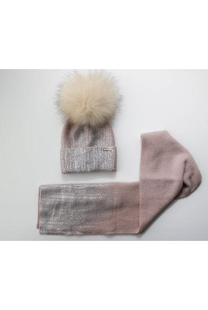 Oudroze enkele pompon muts met blinkend detail en bijhorende sjaal