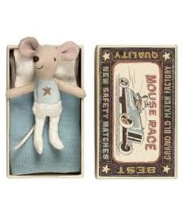 MAILEG Little brother mouse in box star
