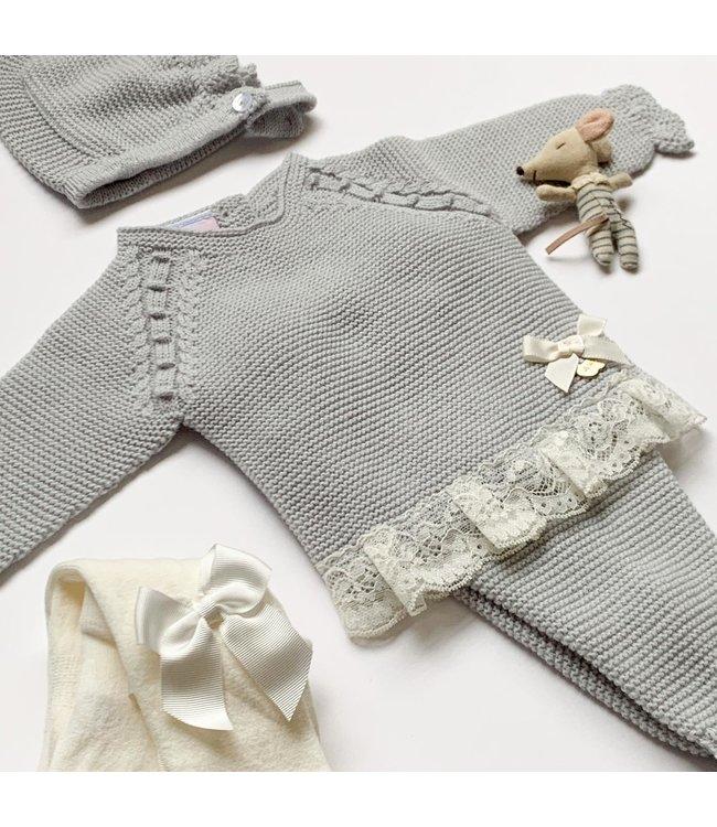 JULIANA   JULIANA   Beautiful newborn set with lace trim Pearl