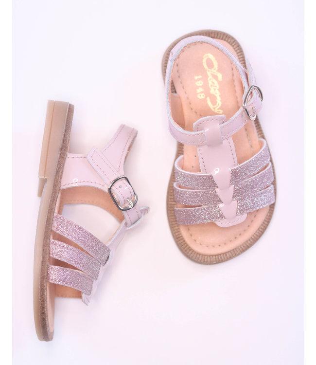 Prachtig roze sandaaltje met glitterdetail
