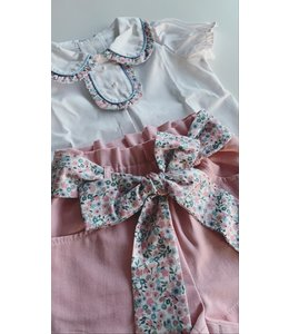 Pink shorts with liberty bow