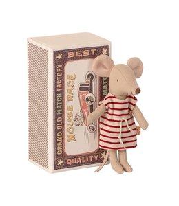 MAILEG Grote zus muis in doos met gestreepte jurk