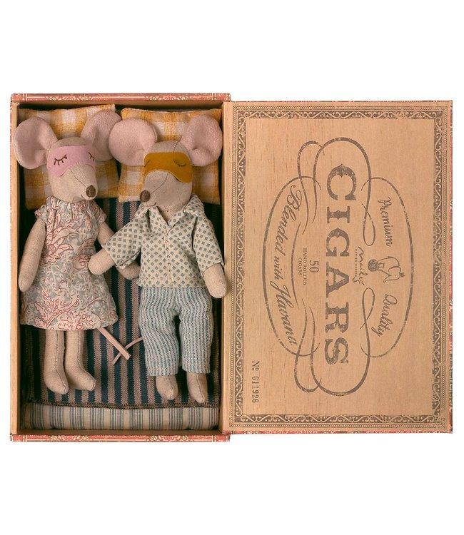 MAILEG MAILEG | Mum and Dad mice in cigar box