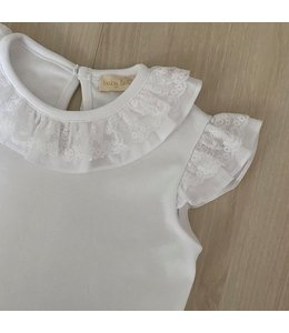 LAIVICAR Beautiful top with ruffle sleeves and lace WHITE