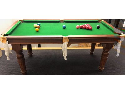 Riley snookertable playingsize 145 x 69cm