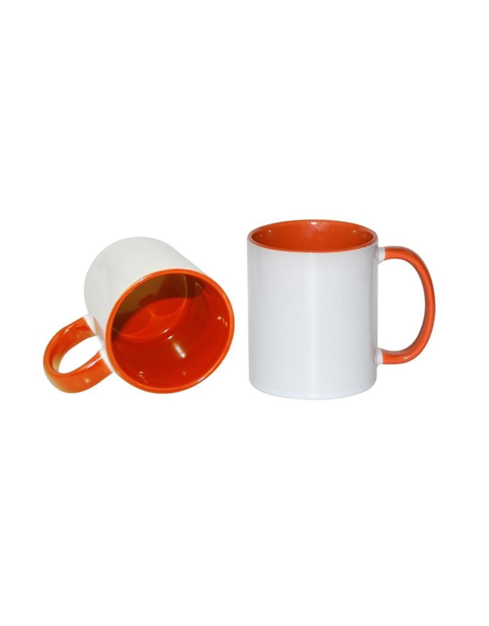 Mok met oranje gekleurde binnenkant en handvat