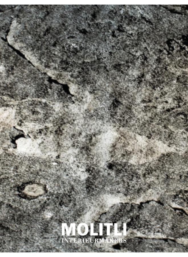 - Raw stone light londres