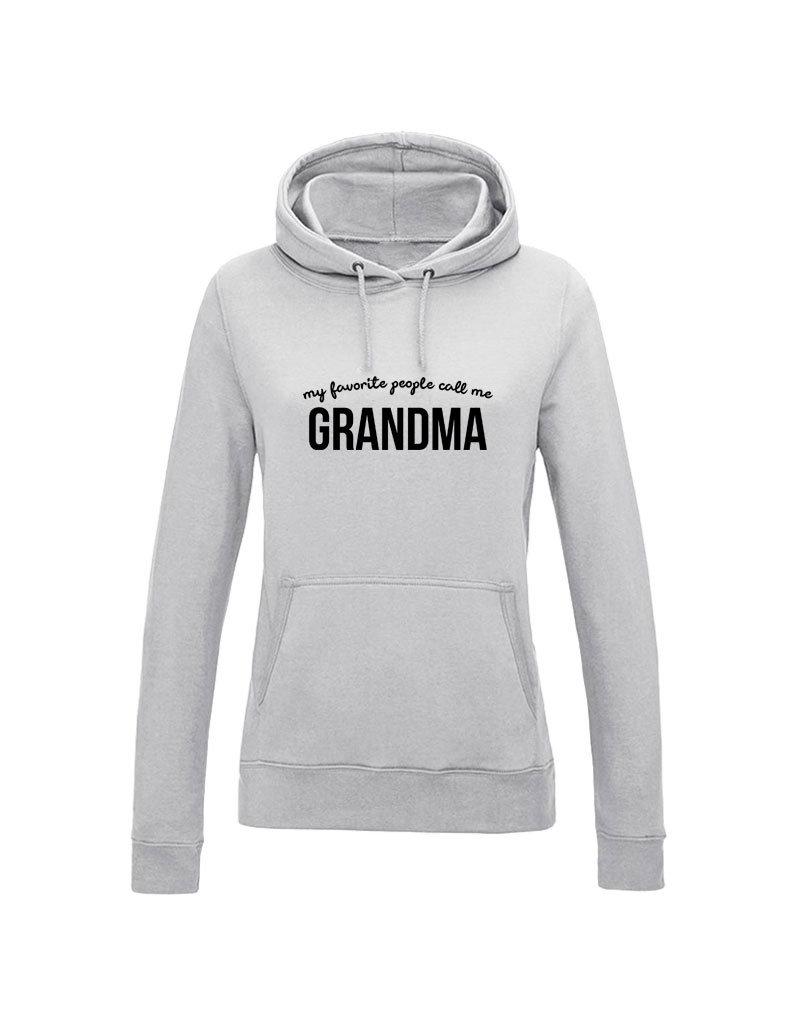 UMustHave Hoodie | My favorite people call me grandma