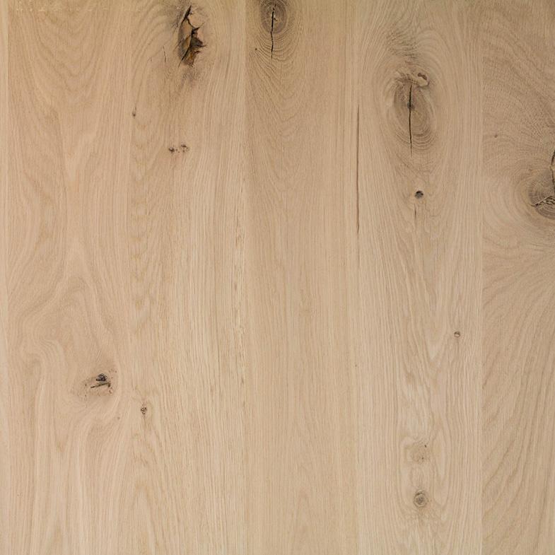 Eiken paneel - 4 cm dik (1-laag) - 122 cm breed - 140 - 300 cm lang in lengtestaffels van 20 cm - Extra rustiek eikenhout kd 8-12% - verlijmd - doorgaande lamellen