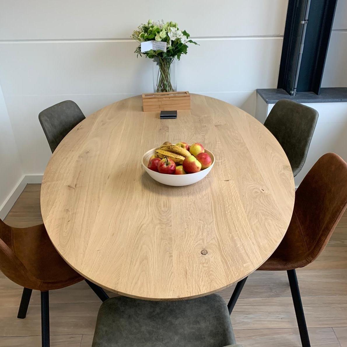 Eiken tafelblad ovaal -  4,5 cm dik (1-laag) - extra rustiek Europees eikenhout GEBORSTELD - verlijmd kd 10-12%