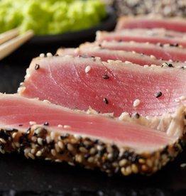 Geräucherter Thunfisch mit Sesam