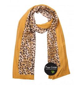 Overige Ultra zachte okergele sjaal in dierenprint