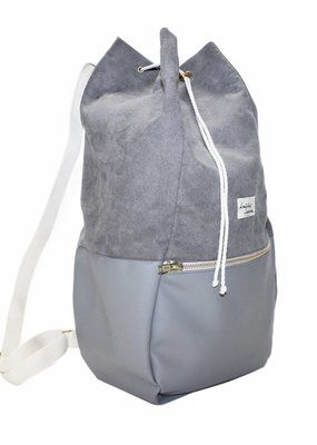 "kaliber fashion Berlin Rucksack ""love & soul"" / grau"