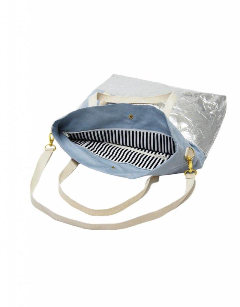 kaliber fashion Berlin Tasche (50% pinatex©) / eisblau