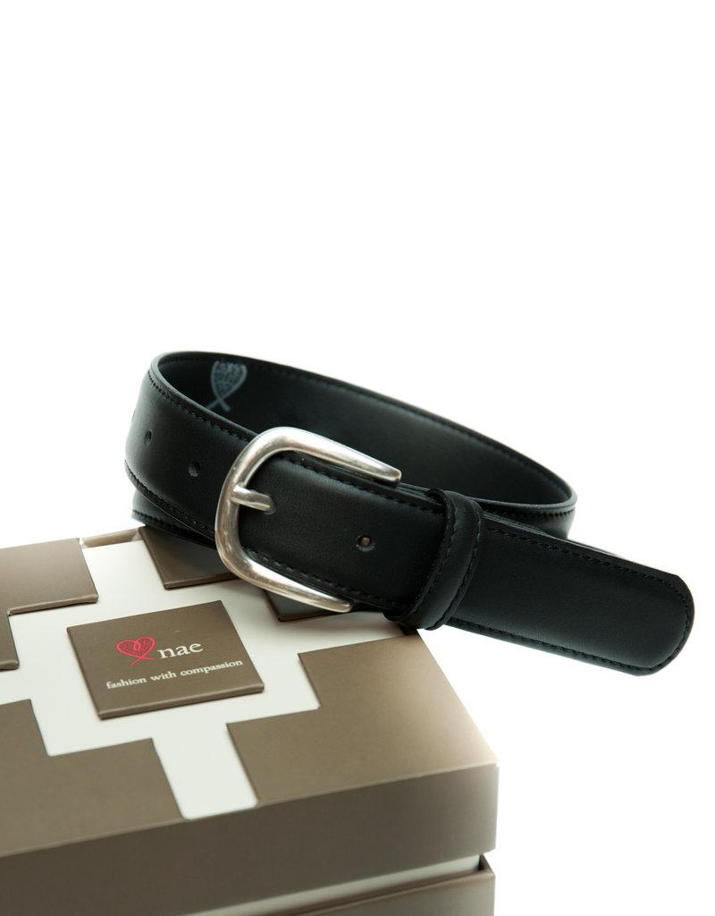 NAE Vegan Shoes Damengürtel mit silberner Schnalle / schwarz