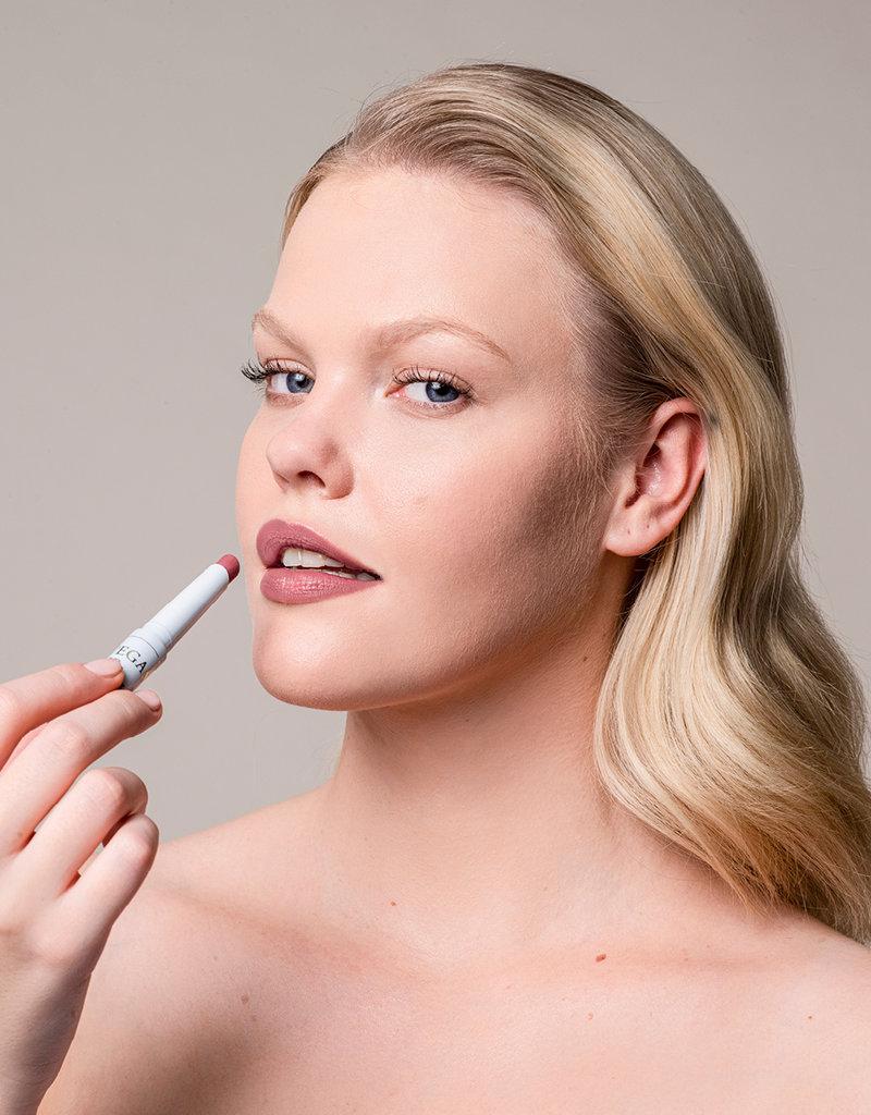 Kia Charlotta Veganer Lippenstift GROWTH MINDSET- Rosenholz