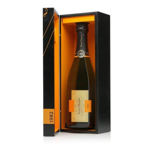 Veuve Clicquot Vintage 1982 Cave Privée (giftbox)