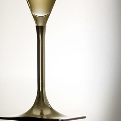 L'Orfèvrerie d'Anjou Ö1 - 2 champagneglazen met 2 tinnen voetjes