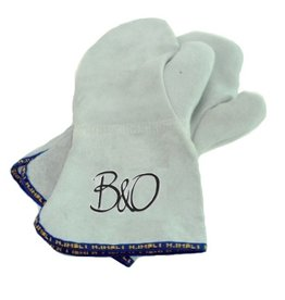 B&O baking mittens with thumb