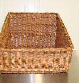 Wicker basket 56 x 55 x front 20 x rear 46 cm.