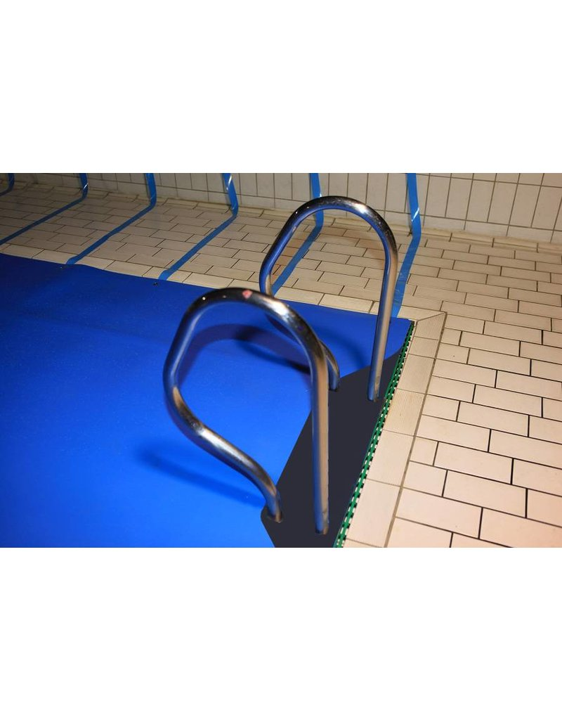 Blue poolcovers BLUE POOLCOVERS 6 MM GRIJS /m2, incl. montageset. Vraag offerte aan!
