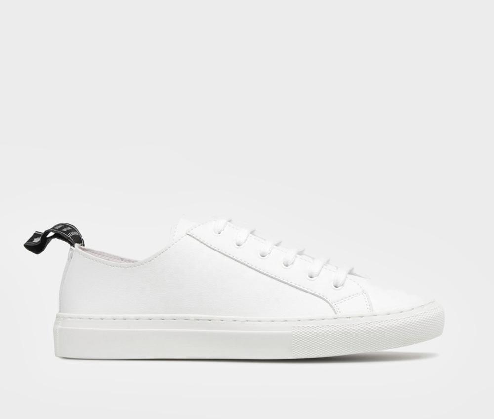 Good Guys Don't Wear Leather - Samo White
