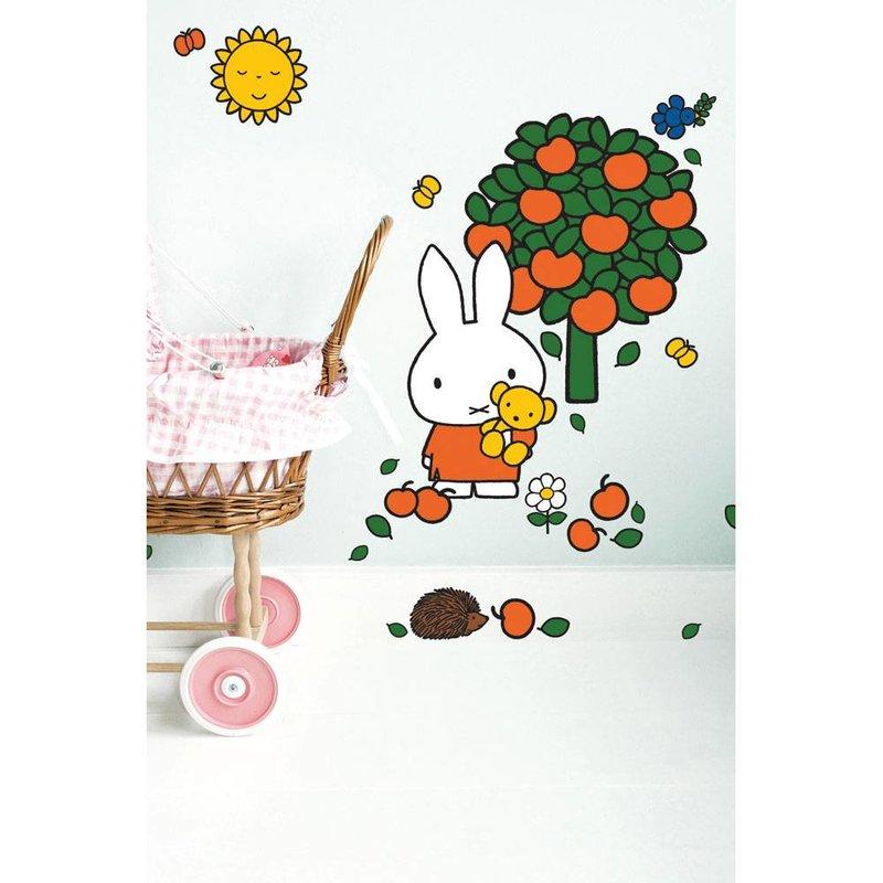 Kek Amsterdam Nijntje Muurstickers, 'Appelboom', medium