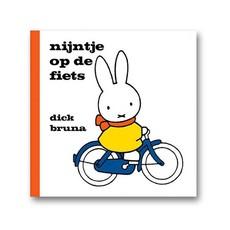 Mercis nijntje op de fiets