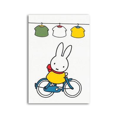 Bekking & Blitz Nijntje - Nijntje op de fiets ansichtkaart