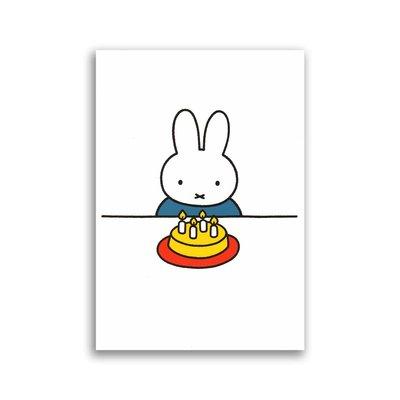 Bekking & Blitz Nijntje met taart ansichtkaart