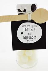 """Flesje met Snoep """"Lief Leuk en Bijzonder Mens"""""""