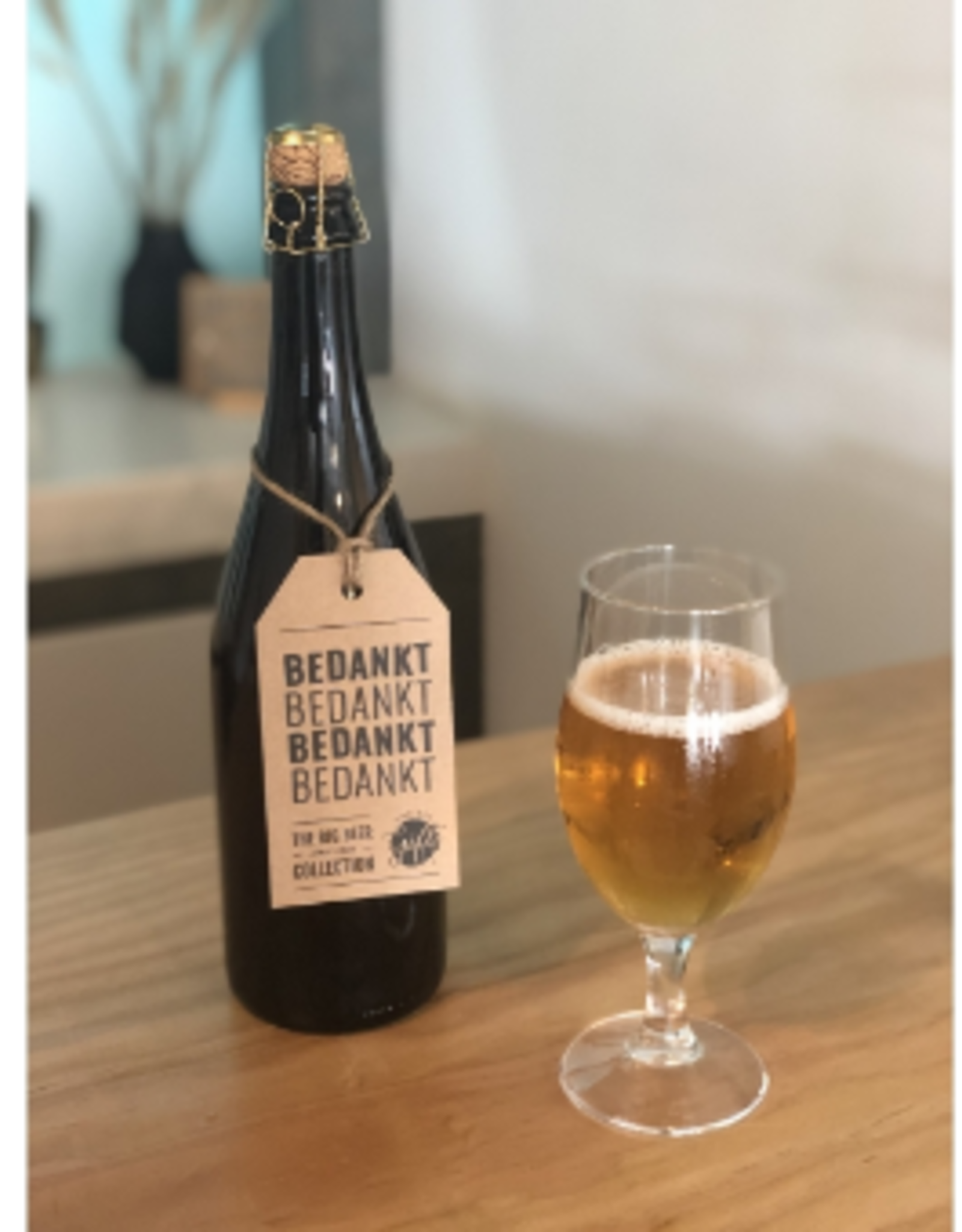 """The Big Gifts XL Bierfles """"Bedankt"""" - The Big Gifts"""