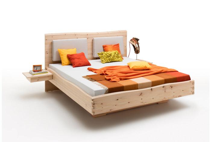 Massief houten bed Valbella (hout: zirben / alpenden / zirbe)