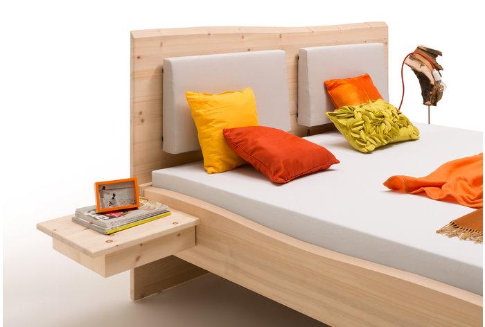 Aanhang nachtkastjes en rug steunkussens (6 kleuren) tegen meerprijs verkrijgbaar