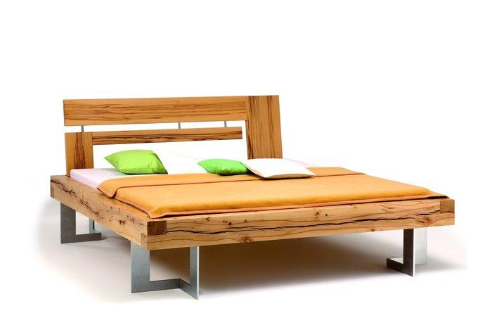 Massief houten bed Thaur (hout: kernbeuken)
