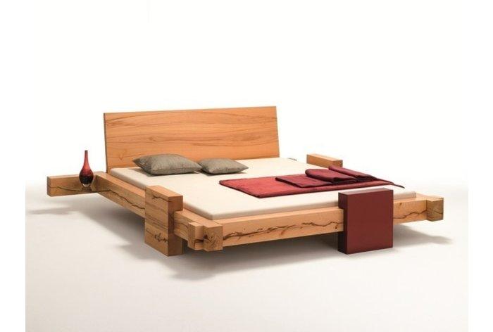 Massief houten bed Mellau (hout: kernbeuken)