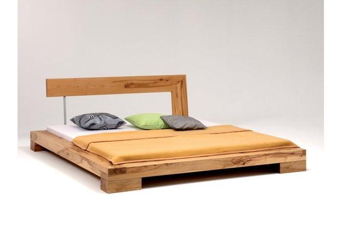 Massief houten bed Bizau (hout: kernbeuken)