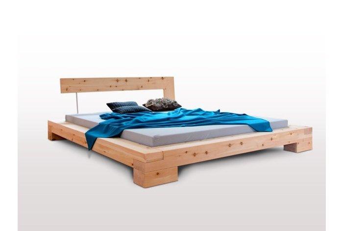 Massief houten bed Bizau (hout: zirben / alpenden / zirbe)