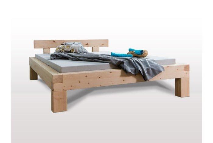 Massief houten bed Herisau (hout: zirben / alpenden / zirbe)