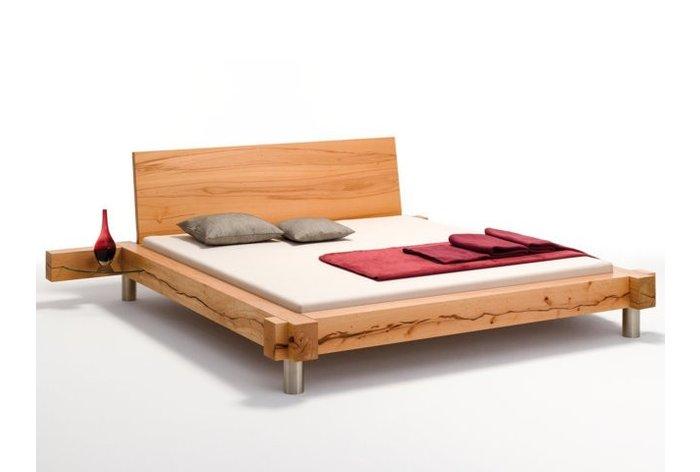 Massief houten bed Appenzell II (hout: kernbeuken)