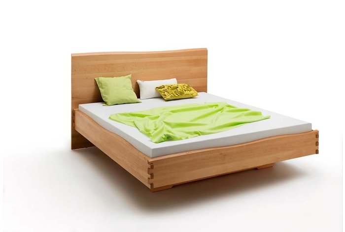 Massief houten bed Tilburg (hout: beukenhout)